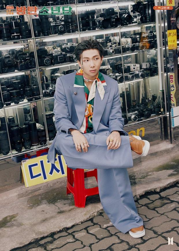30 nam idol hot nhất hiện nay: Cạnh tranh khốc liệt hiếm có giữa BTS, EXO và NCT, idol kém tiếng vượt mặt loạt nam thần là ai? - Ảnh 9.