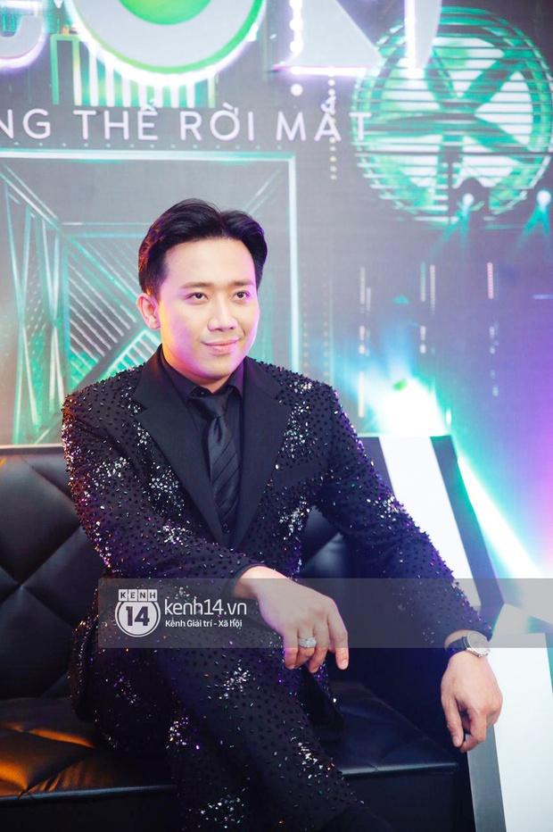 Thảm đỏ Chung kết Rap Việt: Suboi khoe răng kim cương, Diễm My 9X quá ngầu, Binz - Karik dính nhau như sam - Ảnh 3.