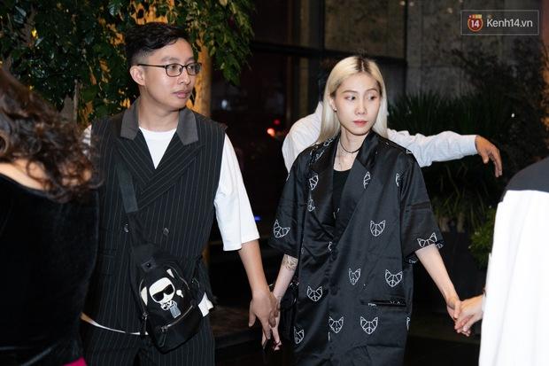 Ngày cưới Xemesis - Xoài Non, 3 cặp đôi trai tài, gái sắc thế hệ mới của làng stream Việt tay trong tay, tình tứ khỏi nói - Ảnh 5.