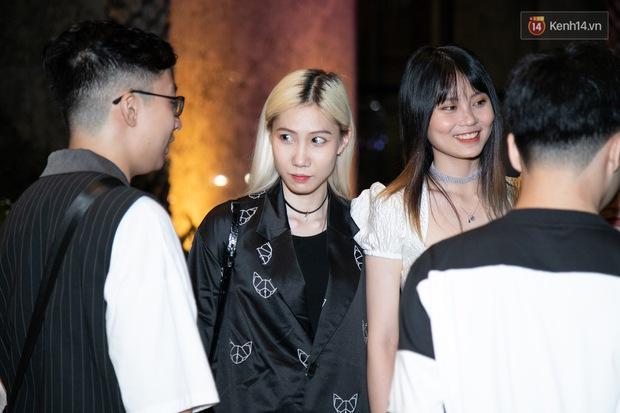 Ngày cưới Xemesis - Xoài Non, 3 cặp đôi trai tài, gái sắc thế hệ mới của làng stream Việt tay trong tay, tình tứ khỏi nói - Ảnh 6.