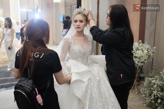 Không hổ danh vợ streamer giàu nhất Việt Nam, Xoài Non đẹp lộng lẫy trong bộ váy cưới 28 tỷ! - Ảnh 5.