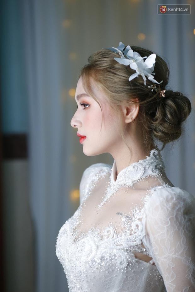 Cô dâu của streamer giàu nhất Việt Nam có khác, Xoài Non makeup cực long lanh, để tóc búi sang chảnh như gái Pháp - Ảnh 5.