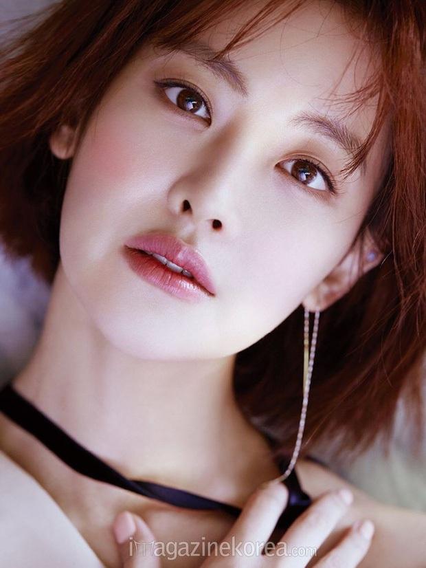 Tình tin đồn mới của Hyun Bin: Minh tinh bốc lửa nhưng nhan sắc lép vế Son Ye Jin, hóa ra là bạn gái cũ Kim Bum - Ảnh 2.