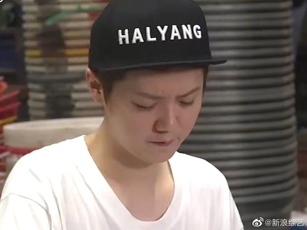 Tranh cãi mặt mộc của Luhan trên truyền hình: Người sửng sốt vì làn da hoàn hảo, kẻ thất vọng vì visual tuột dốc không phanh - Ảnh 5.