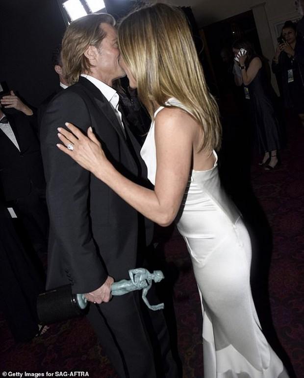 Thì thầm Hollywood: Lady Gaga bị Bradley đá, Thor sắp ly hôn vợ, Kim và Kanye gây sốc khi 2 năm không ngủ chung - Ảnh 10.