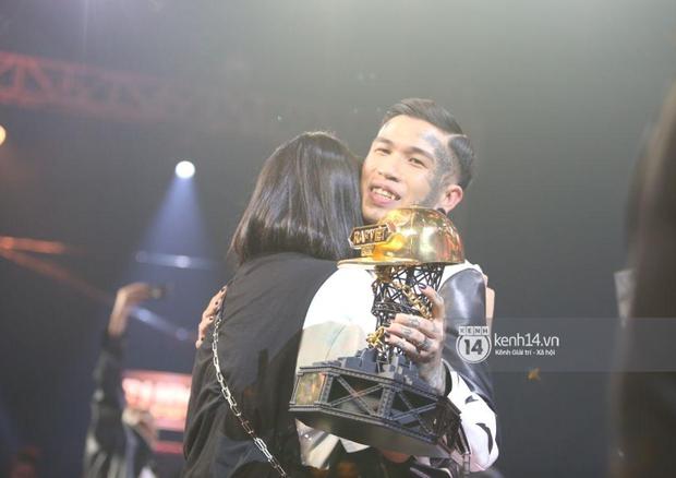 Lý giải vì sao Dế Choắt chiến thắng Rap Việt: Có fan từ trước, mang tới câu chuyện truyền cảm hứng - Ảnh 3.