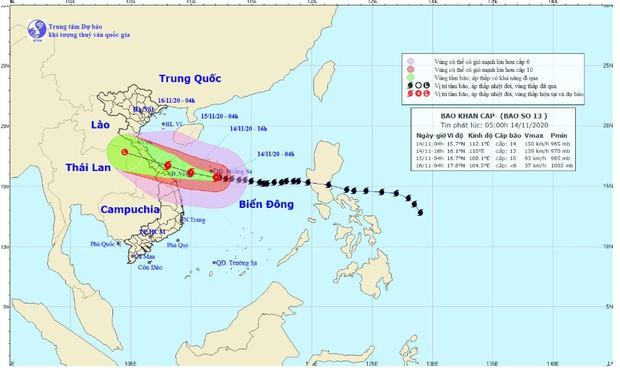 Bão số 13 đột ngột tăng cấp, gió giật cấp 17, cách Đà Nẵng khoảng 350 km - Ảnh 1.