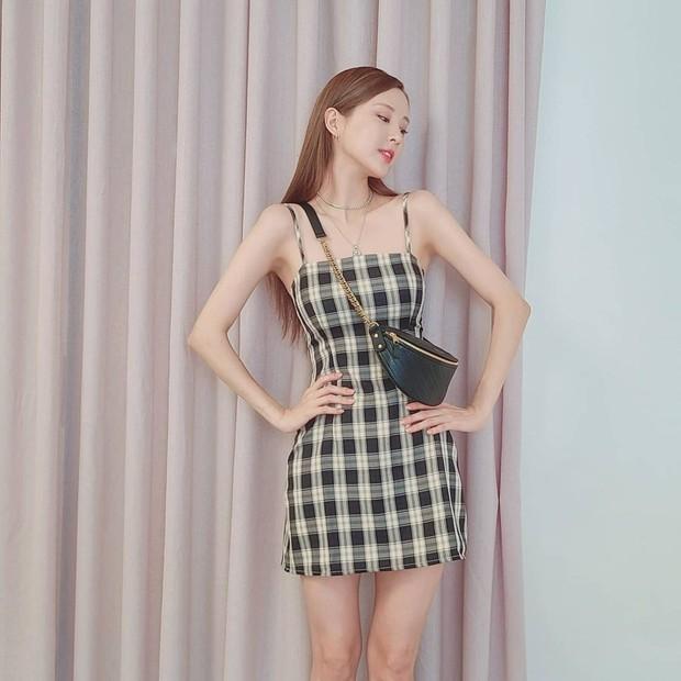 """Knet dậy sóng vì body """"bỏng mắt"""" của Seohyun ở hậu trường chụp vội, bảo sao được tôn là thành viên có thân hình đẹp nhất SNSD - Ảnh 6."""