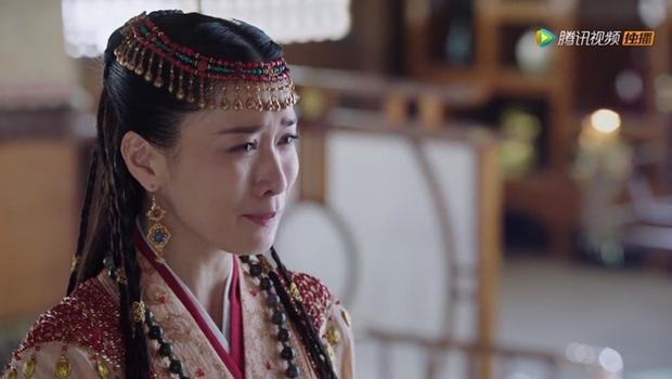 Xa Thi Mạn lại gánh diễn xuất ở Yến Vân Đài qua cảnh khóc đưa tang phụ thân, Thị Hậu TVB đó mọi người! - Ảnh 5.