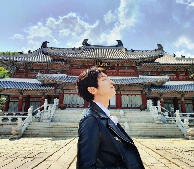 Tứ ca Lee Jun Ki đăng ảnh nhớ nhung Moon Lovers, bom tấn một thời sắp có phần 2 rồi sao? - Ảnh 2.
