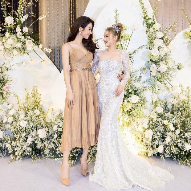 Dàn khách mời mặc gì dự đám cưới Xemesis - Xoài Non: Người sexy hết cỡ, người lại cá tính vô cùng - Ảnh 2.