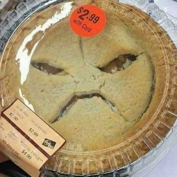 """Khi đồ ăn cũng biết làm trò hề """"mua vui"""" cho con người: Xem xong loạt ảnh này, thách bạn không mở miệng cười đấy! - Ảnh 21."""