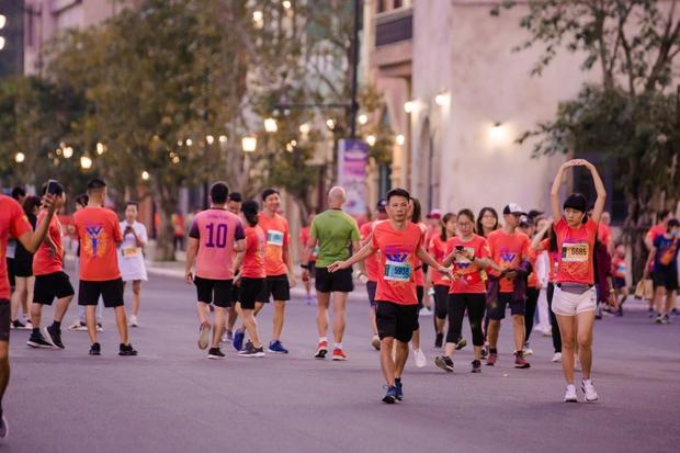 Runner nói gì về trải nghiệm kỳ nghỉ thể thao với giải chạy WOW Marathon Vinpearl Phú Quốc: Tôi như vỡ oà vì được chạy ở cung đường tuyệt đẹp! - Ảnh 3.