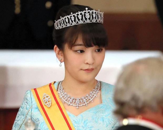 Công chúa Nhật Bản chính thức lên tiếng về cuộc hôn nhân bị trì hoãn 2 năm với bạn trai thường dân, trái với suy nghĩ của nhiều người - Ảnh 2.