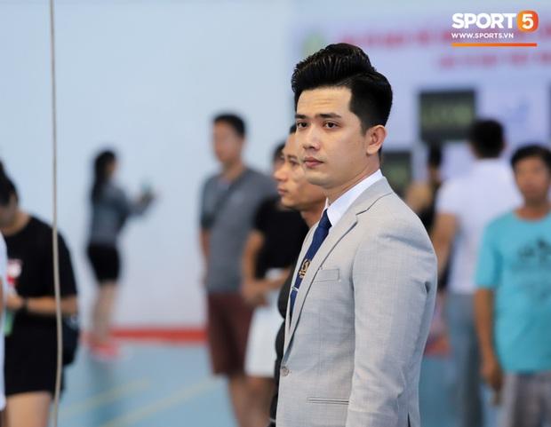 Trọng tài đẹp trai nhất Giải Vô địch thể hình QG 2020: Từng phục vụ trong Quân chủng PKKQ, ngày làm HLV gym, tối làm Phó TGĐ nhãn hiệu thời trang - Ảnh 9.