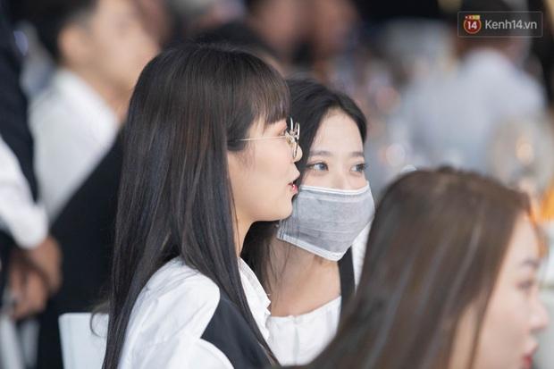 MisThy thân mật với cô gái lạ mặt trong lễ cưới Xemesis - Xoài Non, fan tìm ra info trong chớp mắt - Ảnh 3.