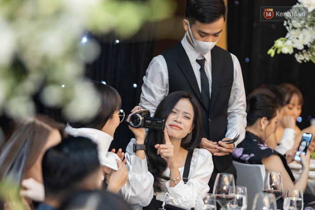 MisThy thân mật với cô gái lạ mặt trong lễ cưới Xemesis - Xoài Non, fan tìm ra info trong chớp mắt - Ảnh 4.