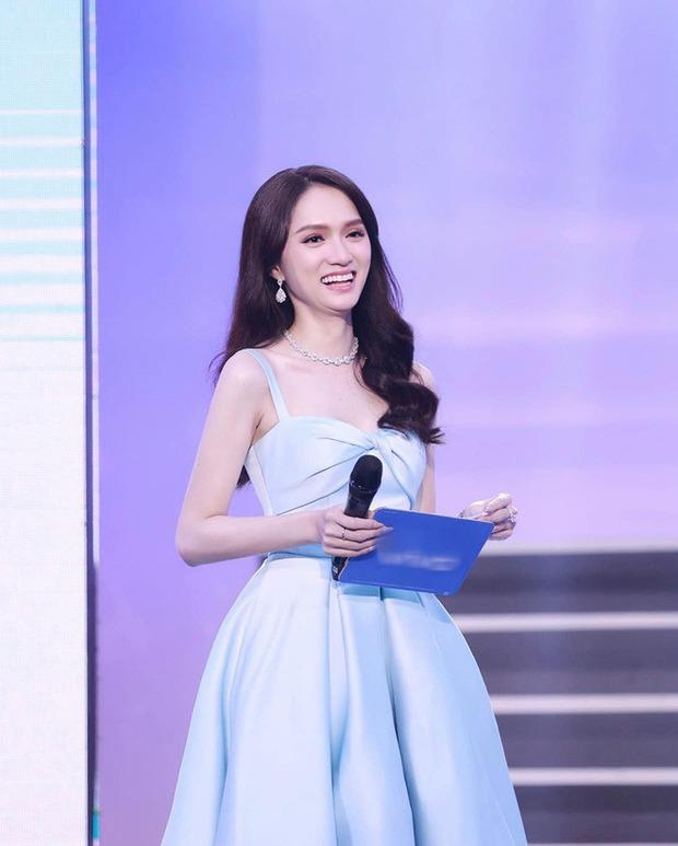 Lộ ảnh hiếm của Hương Giang tại sự kiện bị brand che mặt: Mặt hóp lại, body trơ xương đến mức stylist xót xa - Ảnh 3.