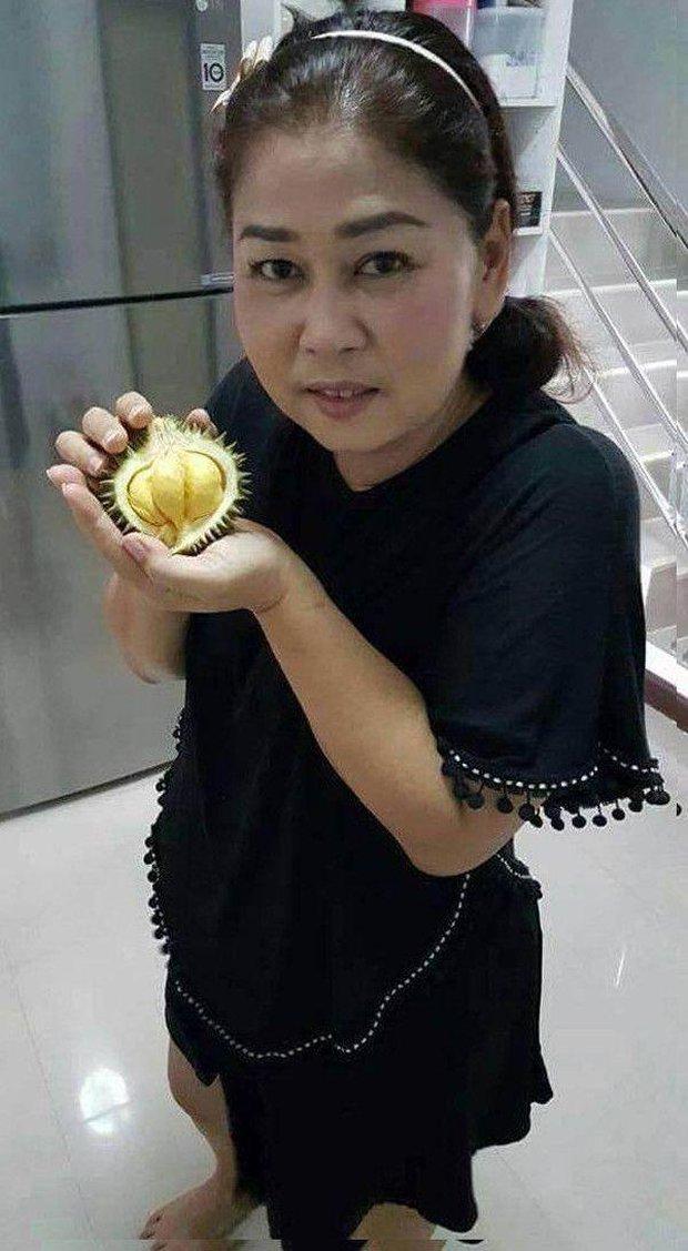 Đi siêu thị mua trúng trái sầu riêng to bằng lòng bàn tay, khổ chủ tưởng mình bị lừa ai ngờ bổ ra bên trong bất ngờ muốn xỉu - Ảnh 9.