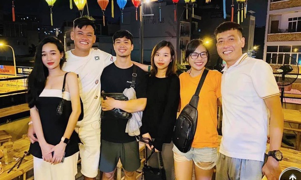 Hành trình tình yêu của Công Phượng - Viên Minh: Mối nhân duyên của chàng cầu thủ với cô nàng trưởng FC và đám cưới khiến ai cũng mong chờ - Ảnh 5.