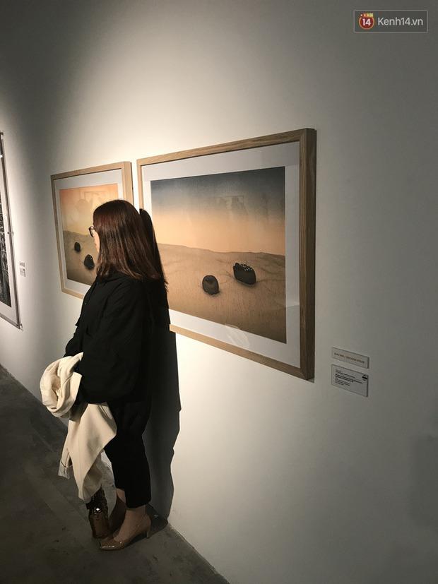 Hội sống ảo giẫm lên cả thông tin tác phẩm tại triển lãm ở Hà Nội, chê ít background đẹp và ở tầm 30 phút là chán - Ảnh 4.