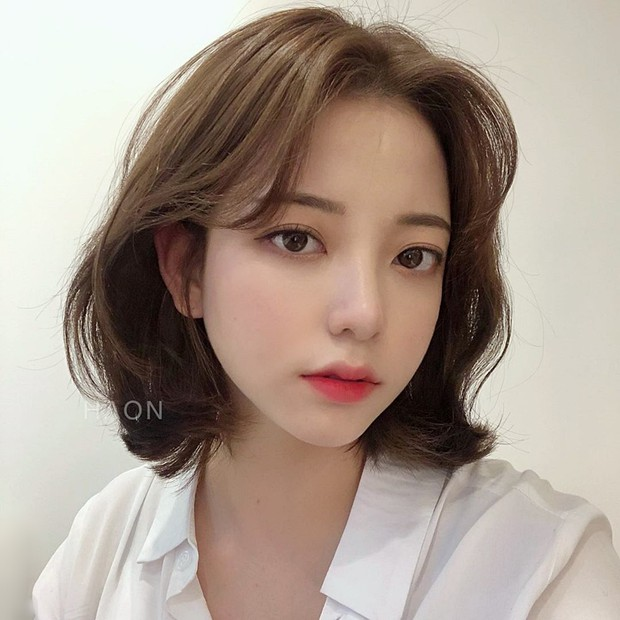 Stylist Hàn hé lộ 6 kiểu tóc ngắn cực sang mặt để các nàng tân trang nhan sắc trong 2 tháng cuối năm 2020 - Ảnh 2.