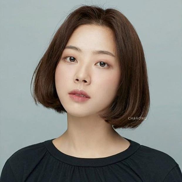 Stylist Hàn hé lộ 6 kiểu tóc ngắn cực sang mặt để các nàng tân trang nhan sắc trong 2 tháng cuối năm 2020 - Ảnh 3.