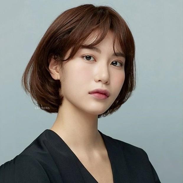 Stylist Hàn hé lộ 6 kiểu tóc ngắn cực sang mặt để các nàng tân trang nhan sắc trong 2 tháng cuối năm 2020 - Ảnh 5.