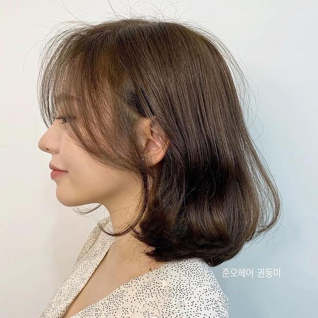 Stylist Hàn hé lộ 6 kiểu tóc ngắn cực sang mặt để các nàng tân trang nhan sắc trong 2 tháng cuối năm 2020 - Ảnh 6.