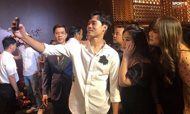 Dàn sao tuyển Việt Nam rạng ngời đến dự đám cưới Công Phượng - Viên Minh - Ảnh 6.