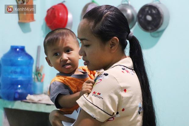 2 đứa trẻ đói ăn ở nhà chờ mẹ vào viện chăm cha bị tai nạn mà không đủ tiền chữa trị: Mẹ ơi, cha con đâu rồi - Ảnh 7.