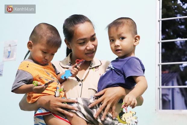 2 đứa trẻ đói ăn ở nhà chờ mẹ vào viện chăm cha bị tai nạn mà không đủ tiền chữa trị: Mẹ ơi, cha con đâu rồi - Ảnh 10.