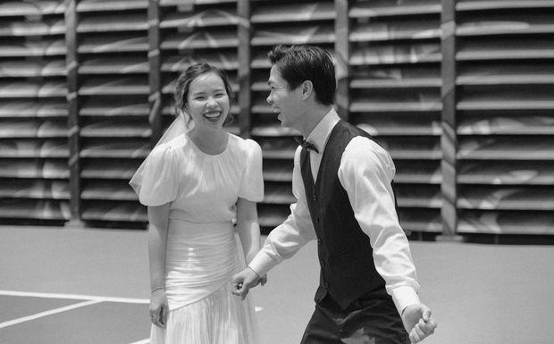 Hot: Ngắm trọn bộ ảnh cưới lung linh chưa từng công bố của Công Phượng và Viên Minh - Ảnh 1.