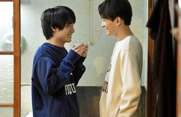 Fan Trung sốt bạo vì phim đam mỹ Nhật 30 Tuổi Mà Vẫn Còn Zin: Điểm số vượt cả TharnType 2, xem mà cười bật ngửa á! - Ảnh 18.