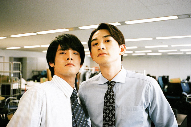 Fan Trung sốt bạo vì phim đam mỹ Nhật 30 Tuổi Mà Vẫn Còn Zin: Điểm số vượt cả TharnType 2, xem mà cười bật ngửa á! - Ảnh 17.