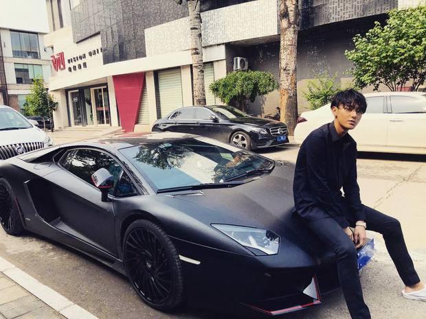 Dứt áo ra đi khỏi EXO, Hoàng Tử Thao giờ đây giàu tới mức nào: Sở hữu phi cơ riêng, đồng hồ, hàng hiệu đếm mỏi tay - Ảnh 14.