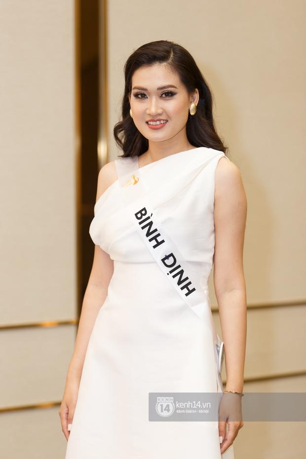 Ngọc Duyên tái xuất hậu tin đồn ly hôn chồng tỷ phú, Hoa hậu Khánh Ngân cùng dàn thí sinh đọ sắc cực căng tại Miss Tourism Vietnam 2020 - Ảnh 10.