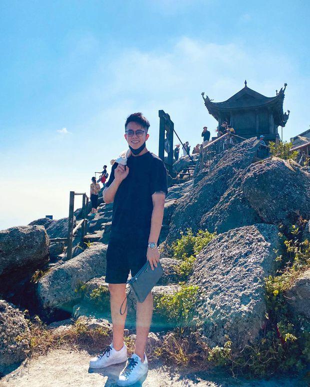 Cuối cùng Matt Liu cũng chịu đăng ảnh ở Yên Tử, ngầm khẳng định bên Hương Giang suốt sóng gió - Ảnh 1.