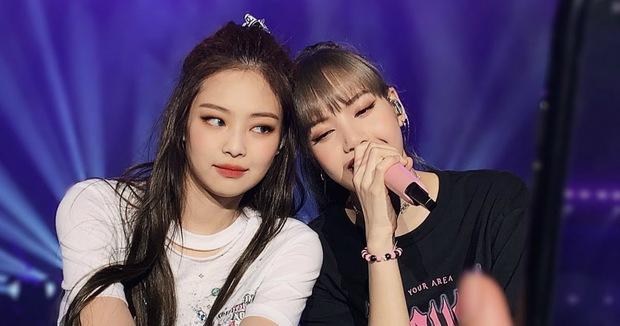 Knet muốn Jennie và Lisa lập sub-unit: Chưa gì đã thấy sốc visual, cùng nhau bắn rap đảm bảo khiến fan đổ rạp vì quá đỉnh! - Ảnh 3.