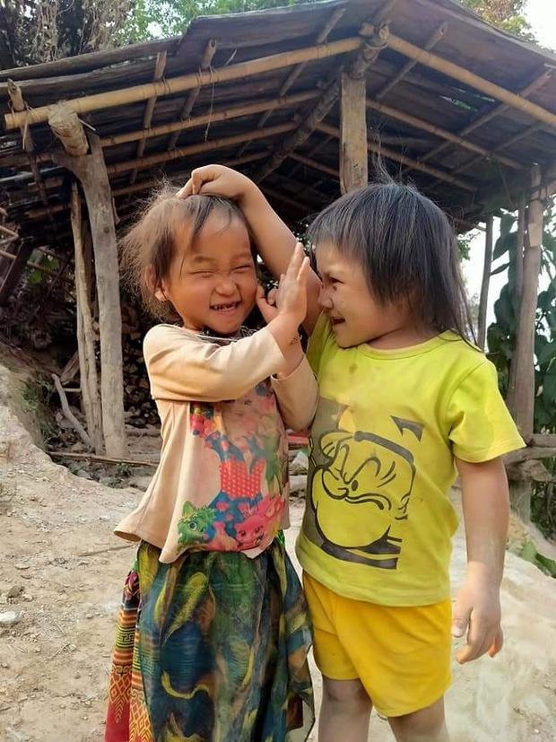 Những hình ảnh gây xúc động về cuộc sống của người dân vùng cao - Ảnh 2.