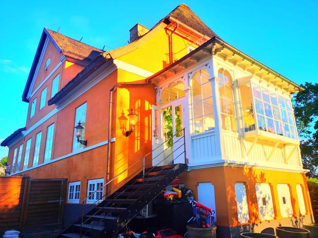 Ngôi nhà từ thế kỷ 18 của cô gái Việt ở Đan Mạch: Là di tích lịch sử, bất ngờ lớn nhất nằm ở mái nhà - Ảnh 5.