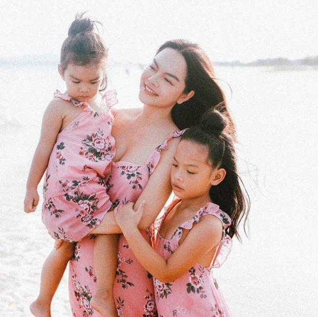 Phạm Quỳnh Anh khiến dân tình chết ngất với bộ ảnh bán nude: Lưng trần nõn nà, hot nhất khoảnh khắc vòng 1 lấp ló - Ảnh 7.