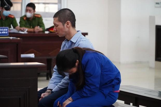 Luật sư bào chữa xin giảm nhẹ hình phạt cho nữ bị cáo, VKS hỏi sao không nghĩ đến những ngày hành hạ con đến chết? - Ảnh 8.