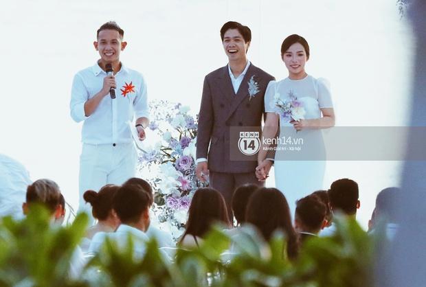 Bộ ảnh hôn lễ đẹp nức nở của Công Phượng - Viên Minh tại Phú Quốc: Nụ cười vỡ òa, cái nắm tay thật hơn bất cứ câu chuyện ngôn tình nào! - Ảnh 8.