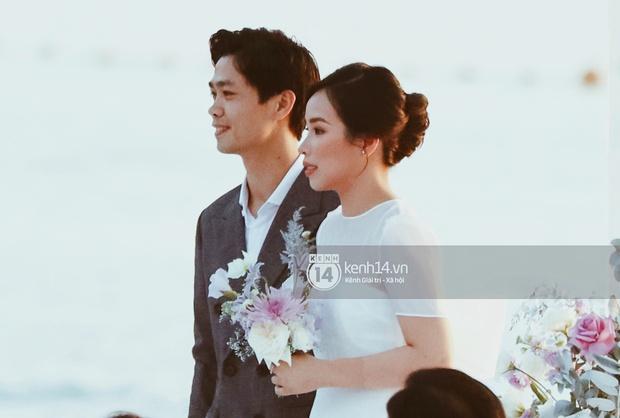 Bộ ảnh hôn lễ đẹp nức nở của Công Phượng - Viên Minh tại Phú Quốc: Nụ cười vỡ òa, cái nắm tay thật hơn bất cứ câu chuyện ngôn tình nào! - Ảnh 6.