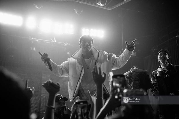 Nguyên team SpaceSpeakers dạt sang hết, nhường sân khấu cho dàn gà cưng Binz tạo nên đêm liveshow chơi hệ Hip-hop quá dữ! - Ảnh 23.
