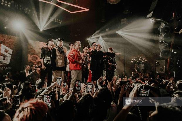 Nguyên team SpaceSpeakers dạt sang hết, nhường sân khấu cho dàn gà cưng Binz tạo nên đêm liveshow chơi hệ Hip-hop quá dữ! - Ảnh 2.