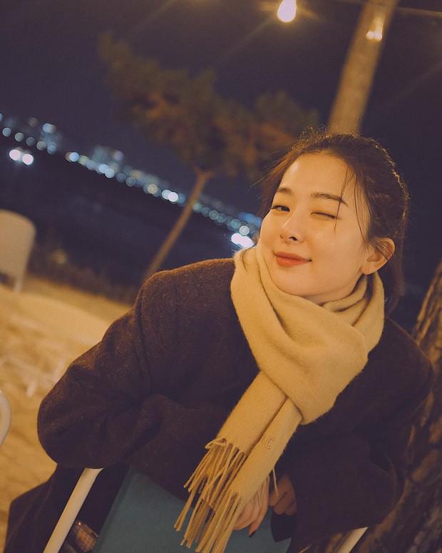 Seulgi (Red Velvet) thu về triệu tim chỉ nhờ bộ ảnh lá vàng mùa Thu, netizen tưởng hình tạp chí nhưng sự thật lại gây ngỡ ngàng - Ảnh 10.