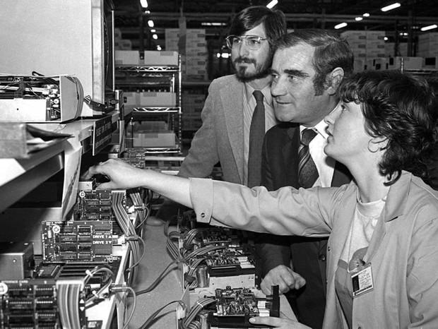 Ngắm văn phòng 40 năm tuổi - Trụ sở đầu tiên của Apple tại châu Âu - Ảnh 3.