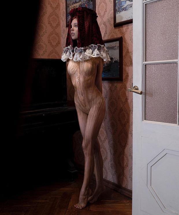 Nàng hotgirl xinh đẹp người Nga sở hữu gần 5 triệu follower trên MXH, vào tài khoản cá nhân ai cũng giật mình vì loạt ảnh quái dị - Ảnh 1.